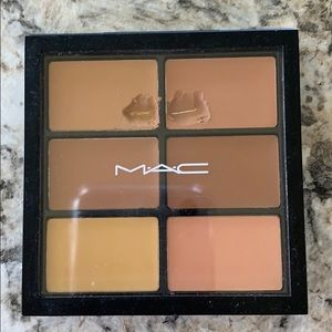 MAC Pro Conceal and Correct Palette - Medium